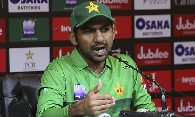 PCB-SACKED-SARFARAZ-PAKISTAN